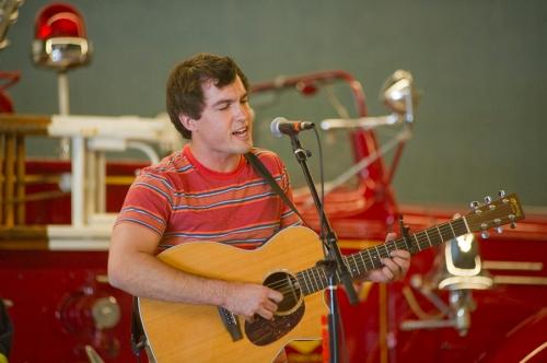 Jared Kolesar performing